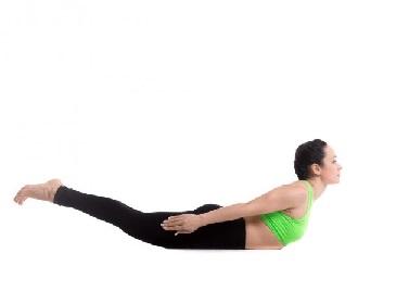 योगा से Back Pain कैसे दूर करें