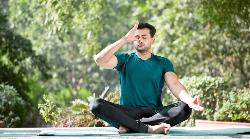 अनुलोम विलोम Yoga से Anxiety कैसे दूर करें